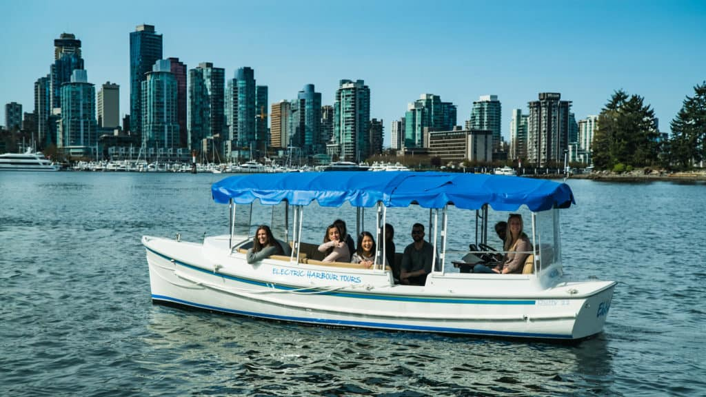 coal-harbour-etour-boat